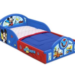 Disney Plastic Sleep and Play Toddler bed